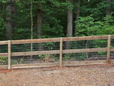 Looking through farm fence pictures will help you choose the best