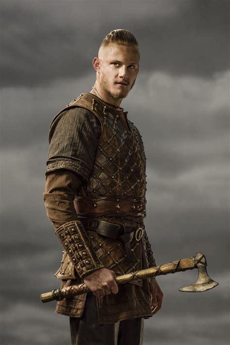 bjorn lothbrok viking season 2 bjorn lothbrok pinterest vikings season 2 bjorn lothbrok official picture vikings