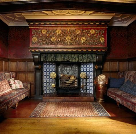 the blue tiled inglenook fireplace with manetlpiece