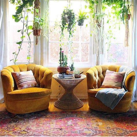 Mustard Living Room Accessories by Best 25 Mustard Yellow Decor Ideas On Mustard
