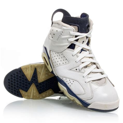 navy and white basketball shoes air 6 retro mens basketball shoes midnight navy