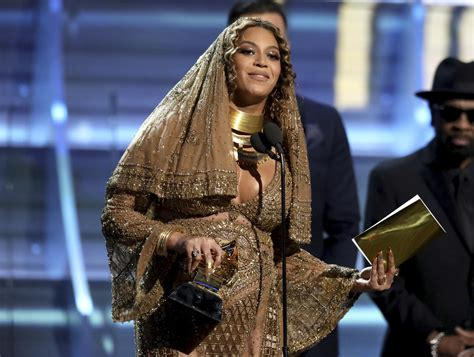 beyonce grammys grammys wrap up chance the rapper and beyonce own the