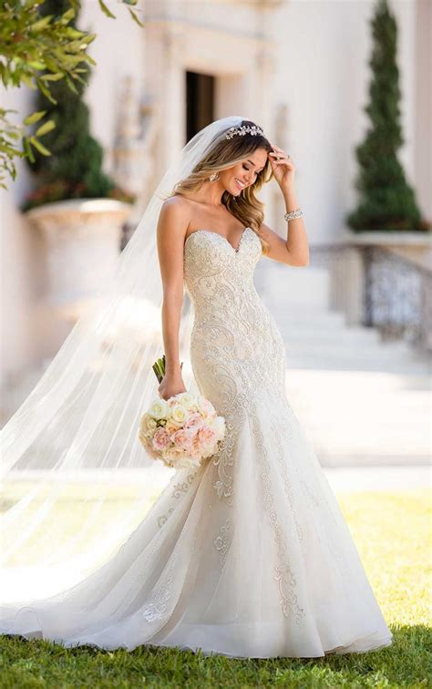 New Season Trends Of The Ballgown by The Wedding Dress Trends We Are Loving For 2018 Modern