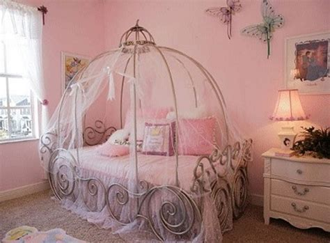 cinderella beds 13 cool carriage beds for little girls kidsomania