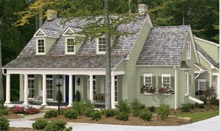 exterior paint colors on a farmhouse exterior paint