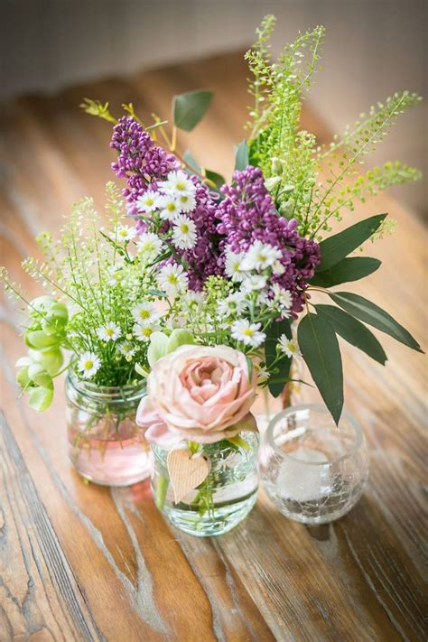 pretty simple rustic flower arrangement rustic flower