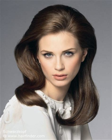 hairstyles with height at the crown 1960s hairstyle smooth retro hairstyle with height on