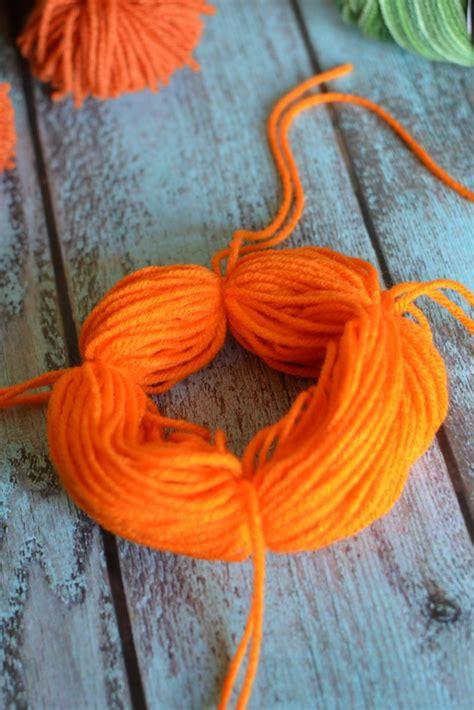 easy diy yarn pumpkins  sew pumpkin garland   susie homemaker