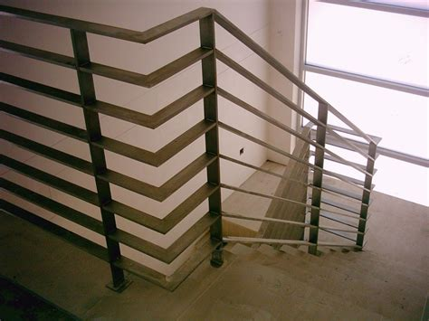 Banister Balustrade Fabricated Stainless Steel Handrail And Balustrades