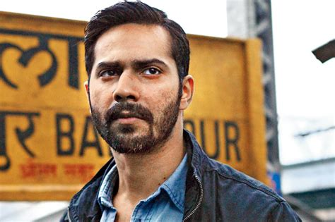varun dhawan injured while breaking 24 glass bottles for