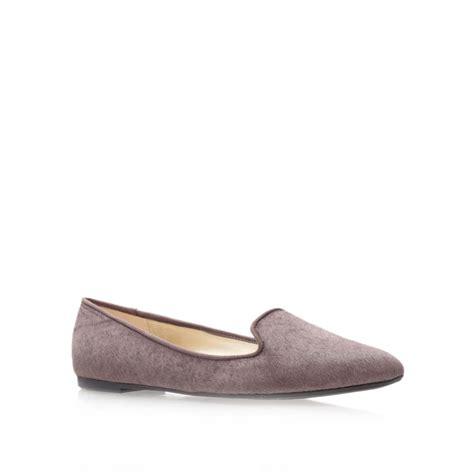 flat beige shoes nine west sossi5 flat slipper shoes in beige lyst