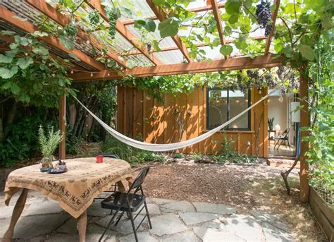 Hang Up A Hammock Small Backyard Ideas 20 Spaces We Hammock Ideas Backyard
