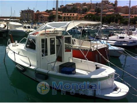 barca cabinato usato cantieri fg fg gozzo cabinato usato vendita cantieri fg