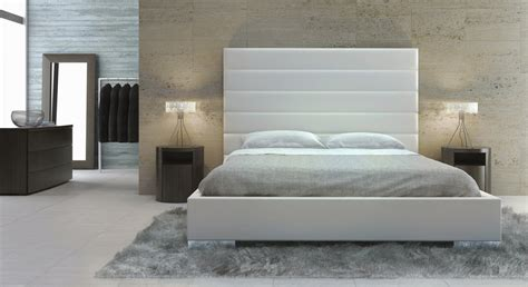 White Modern Headboard Modern White Prince Upholstered Platform Bed With Ribbed Headboard
