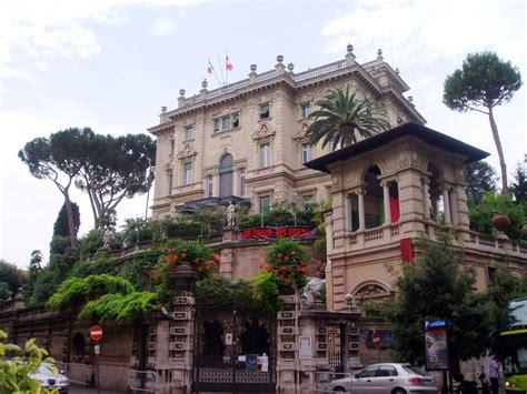 consolato italiano in giappone pacco bomba recapitato all ambasciata svizzera a roma un