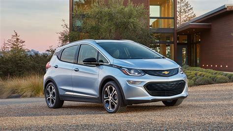 chevrolet all electric car chevy bolt 8 things to about gm s new electric car