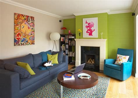 green wallpaper room 25 green living rooms and ideas to match