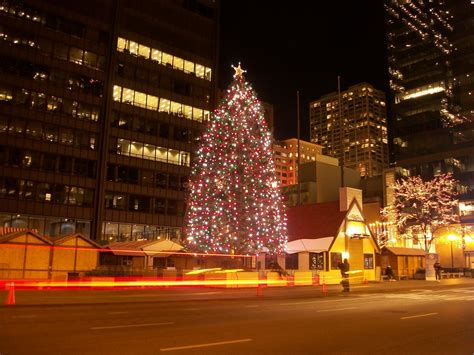 christmas tree chicago by dreamofyou on deviantart