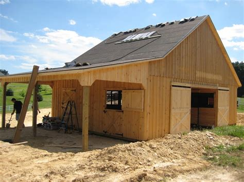 Barn Plan | attractive small horse barn plans ideas yustusa