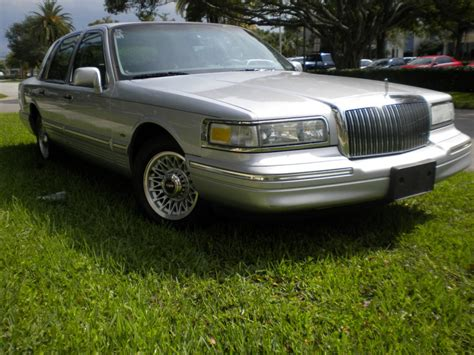 1997 lincoln town car sale 1997 lincoln town car for sale