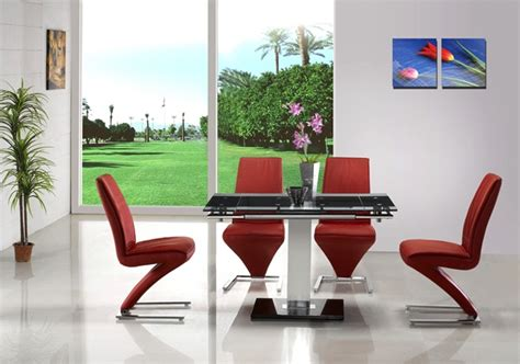 Extending Glass Table And Chairs by Gami Extending Glass Table