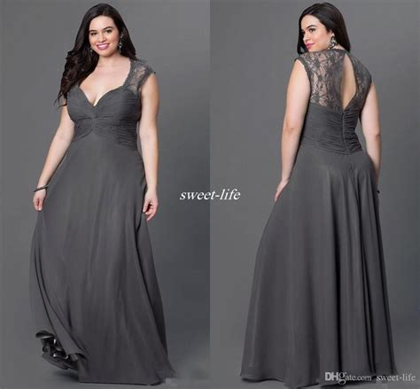 Best 25  Plus size gowns ideas on Pinterest   Formal