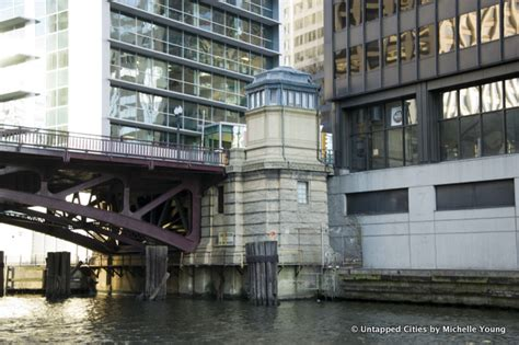 bridge house chicago the lofty architecture of chicago river s bridge tender houses untapped cities