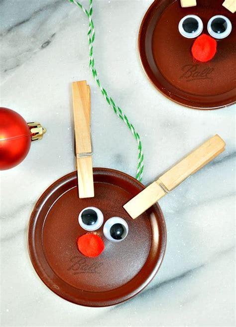 homemade christmas ornaments mason jar lid reindeer