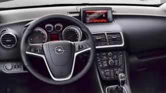 Opel Intellilink Opel Meriva Caratteristiche Principali Le