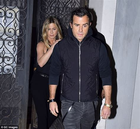 Sued Aniston Photo by Justin Theroux S Elderly Sues For Harassment
