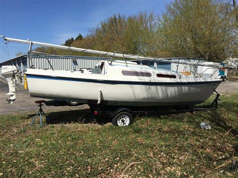 boat accessories new york 1980 macgregor 25 mast sails parts sailboat for sale in