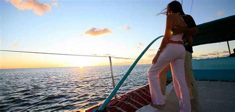 catamaran dinner cruise private catamaran sunset dinner cruise deals mu