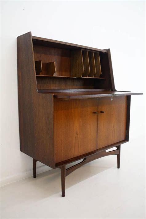 Mid Century Office Desk Mid Century Desk Fits Office With Homesfeed