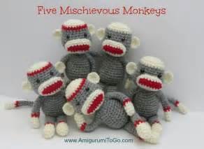 Crochet along amigurumi sock monkey amigurumi to go