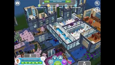 SIMS FREEPLAY    Glitchy Town House / Building/ Balcony