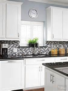 what color to paint kitchen cabinets with black appliances 25 best ideas about kitchen colors on