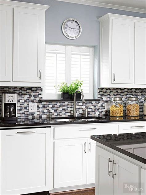 kitchen backsplash colors 25 best ideas about kitchen colors on pinterest