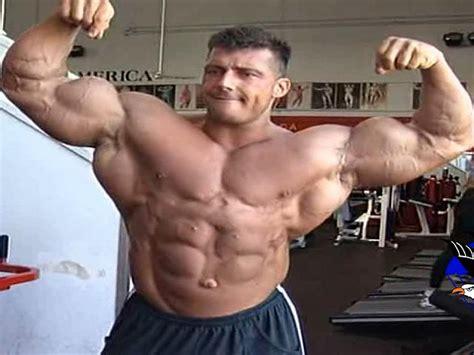 alimentazione massa e definizione schede allenamento per massa e definizione muscolare