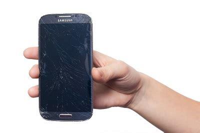 Backpulver Handy Polieren by 5 Tipps Um Display Kratzer Vom Smartphone Zu Entfernen