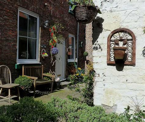Endeavour Cottage Whitby by Endeavour Whitby Cottage Sleeps Six