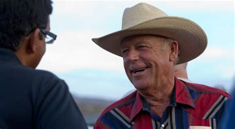 cliven bundy american patriot books rancher cliven bundy draws criticism for negro