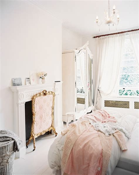 White Shabby Chic Wardrobe by Wardrobe Armoire 25 Shabby Chic Ideas For A Bedroom