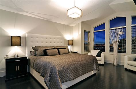 dark hardwood floors in bedroom 24 fall interior design trends