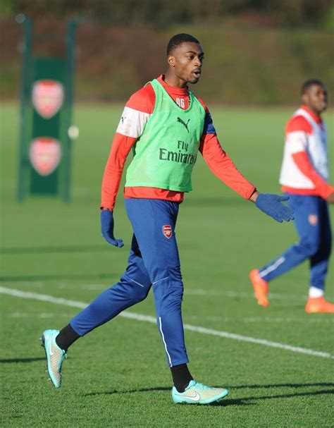 arsenal youngsters arsenal transfer news sunderland close in on loan deal
