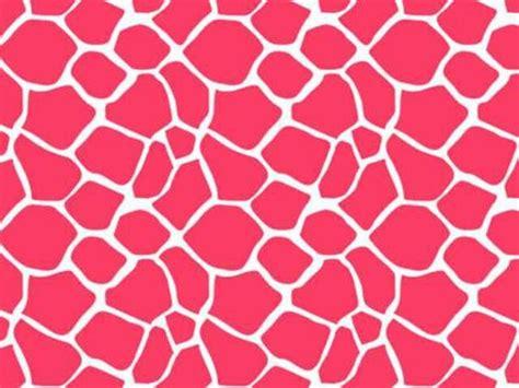 pink giraffe pattern pink giraffes and giraffe print on pinterest