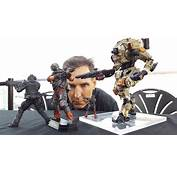 E3 2016 Titanfall 2 Figures Come With In Game Content