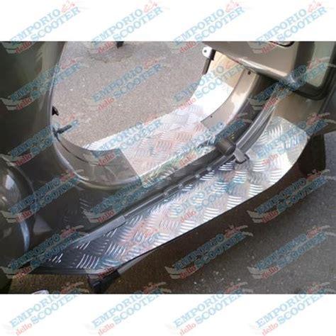 pedane vespa pedane in alluminio vespa small frame 50 et3 primavera
