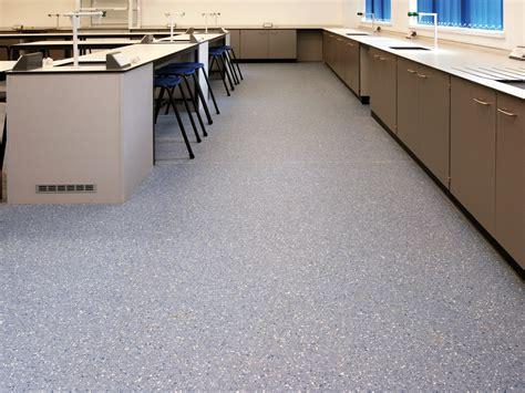 pavimenti antistatici pavimento vinilico antistatico prestige pur by liuni