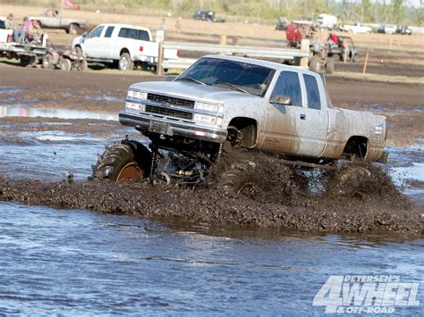 trucks mud bogging mud bogging 4x4 offroad race racing truck