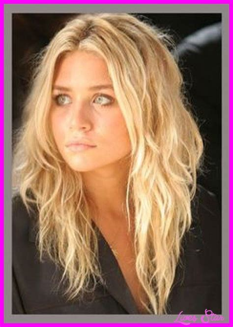 hair parting comes forward 17 best ideas about middle part hairstyles on pinterest
